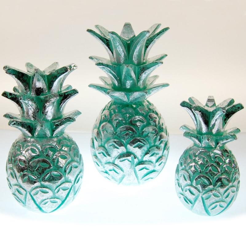 seestern holz deko ananas handgeschnitzt tuerkis lackiert 20 25 30cm. Black Bedroom Furniture Sets. Home Design Ideas